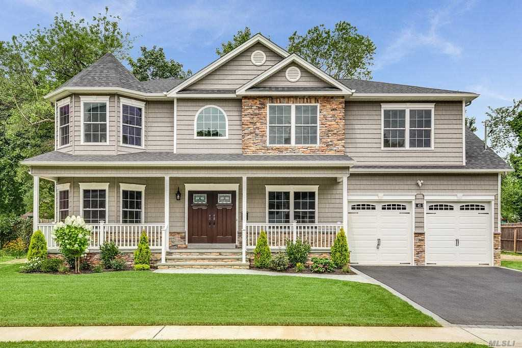 Residential For Sale in 45 Sherman Dr, Syosset, NY ,11791