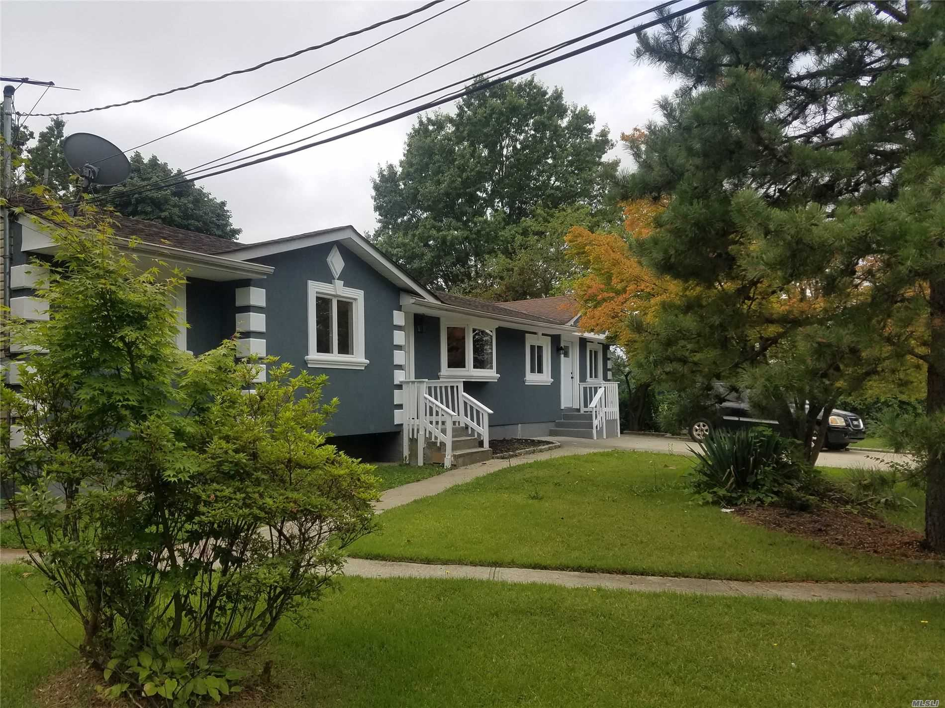 Residential For Sale in 40 Walter St, Brentwood, NY ,11717
