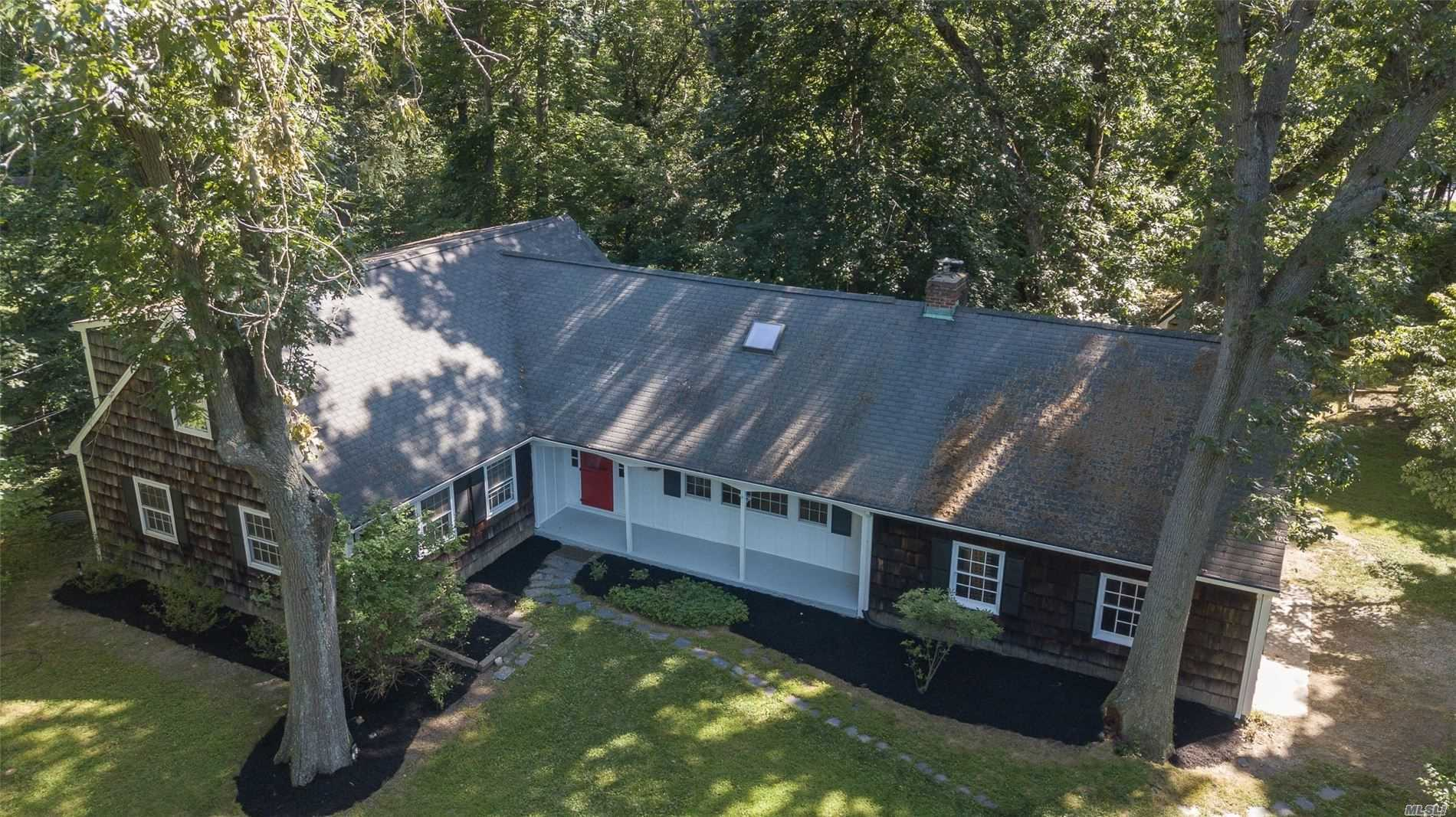 Residential For Sale in 60 Aspen Ln, Stony Brook, NY ,11790