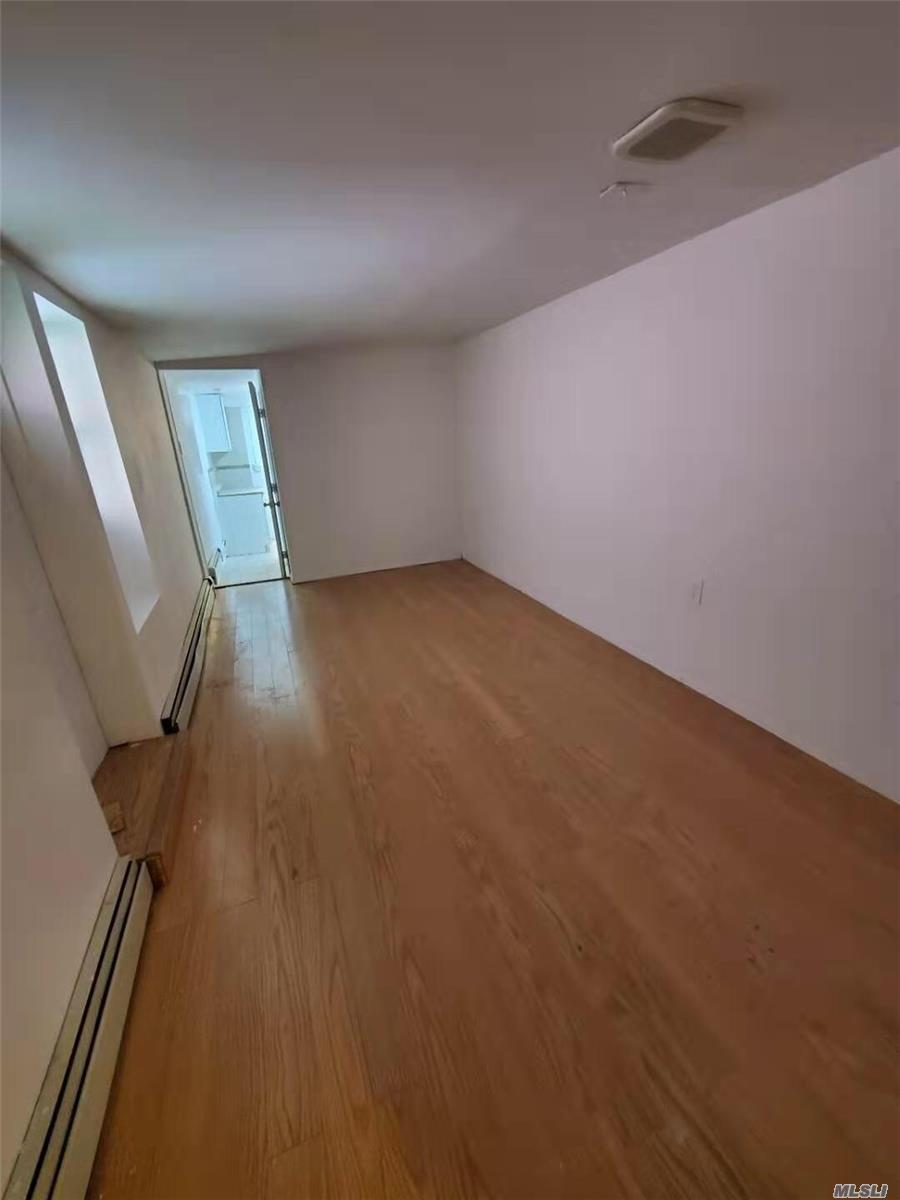 Residential For Rent in 32-10 38 Ave, Long Island City, NY ,11101