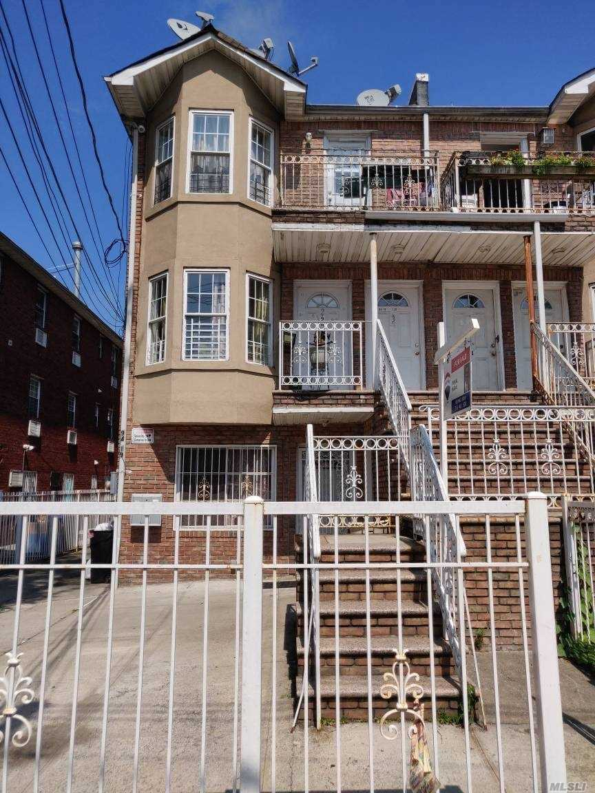 Residential For Sale in 94-19 120 St, Richmond Hill, NY ,11419