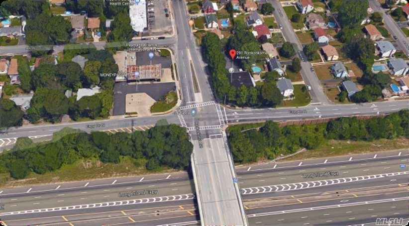 Commercial for sale in 291 Ronkonkoma Ave, Ronkonkoma, NY ,11779