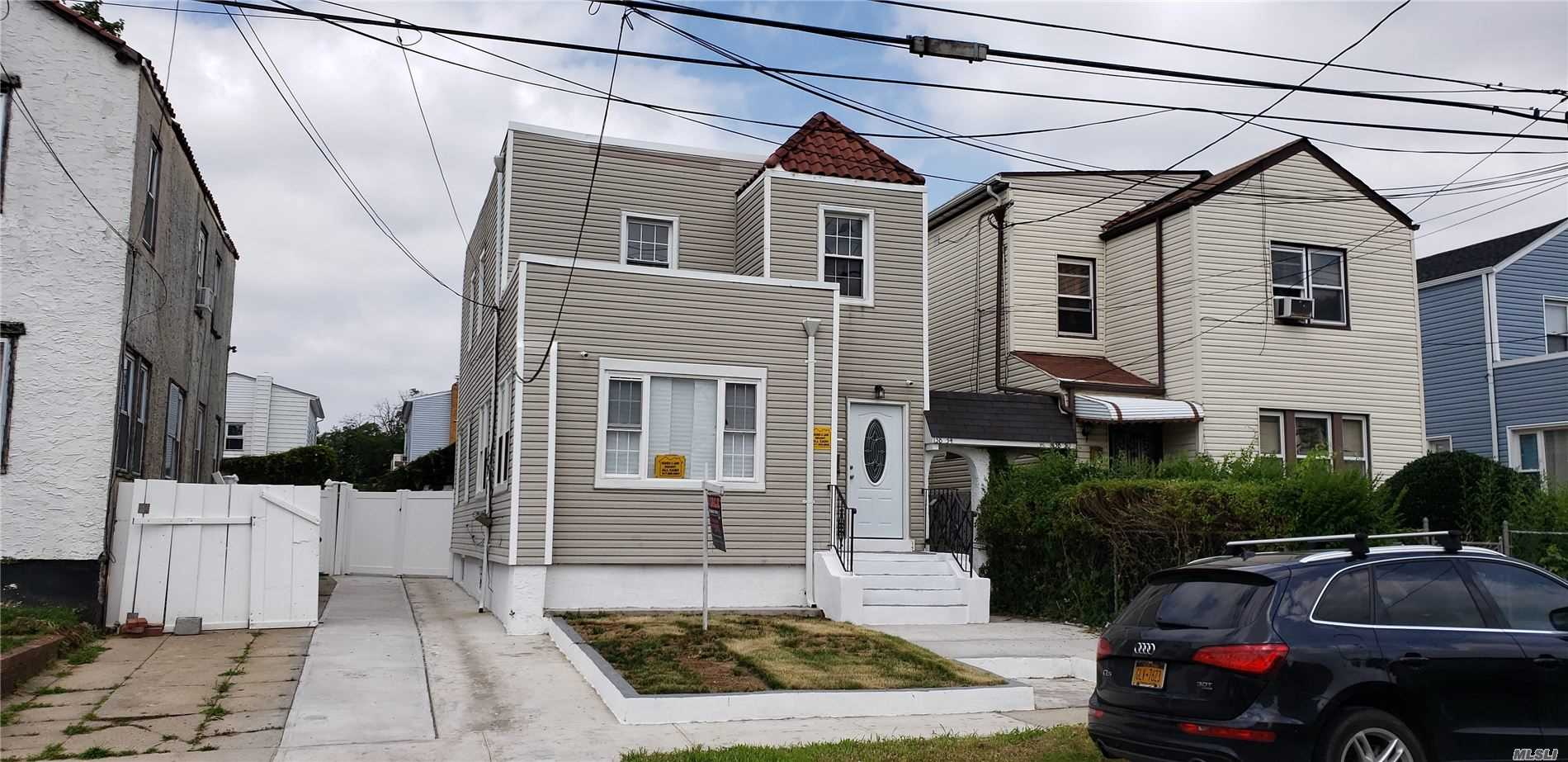 Residential For Sale in 138-34 233 Street, Rosedale, NY ,11422