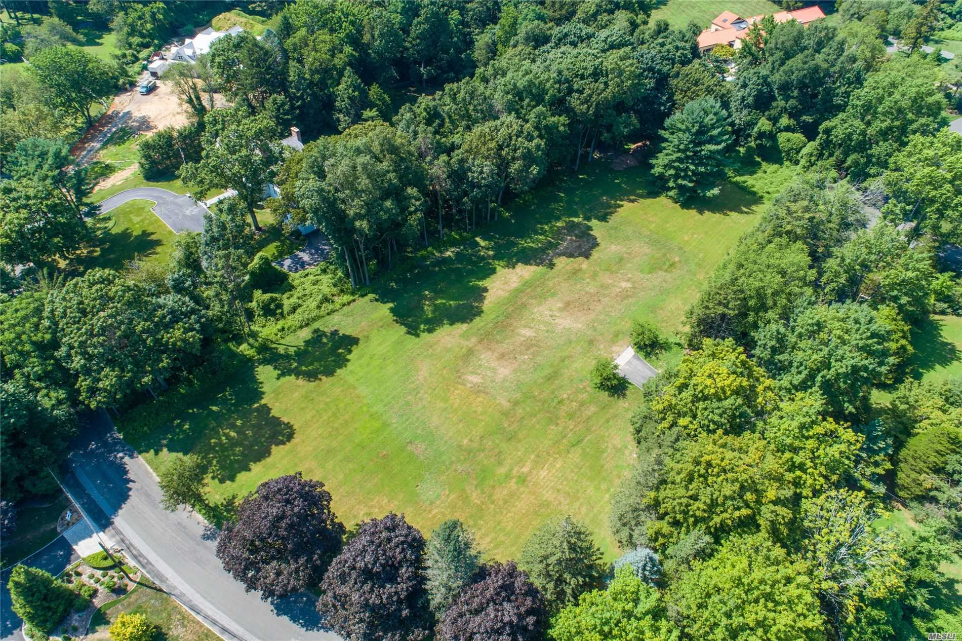 Land for sale in 2 Walnut Tree Lane, Cold Spring Hrbr, NY ,11724
