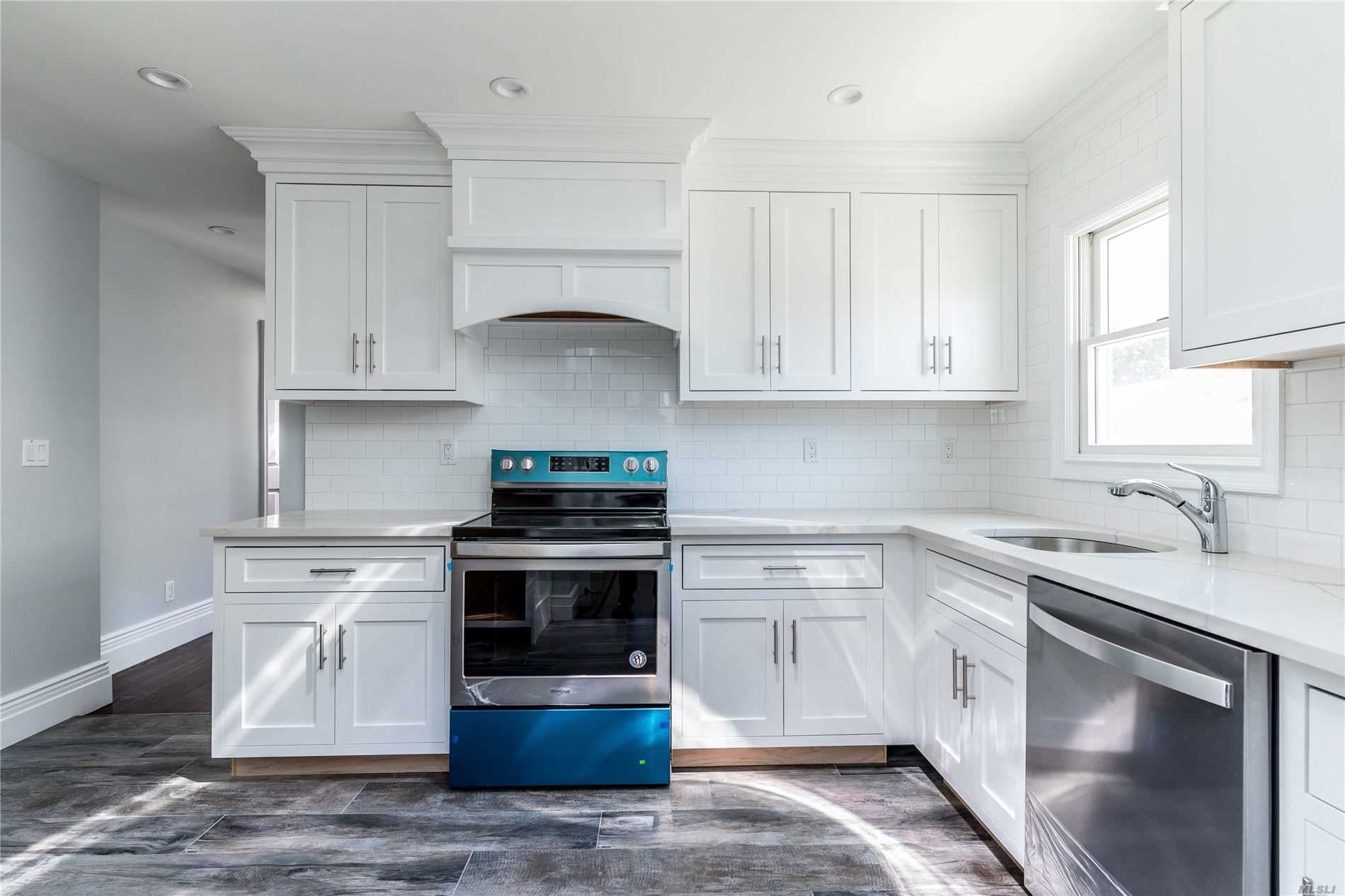 Residential For Sale in 96 Lexington Ave, Franklin Square, NY ,11010