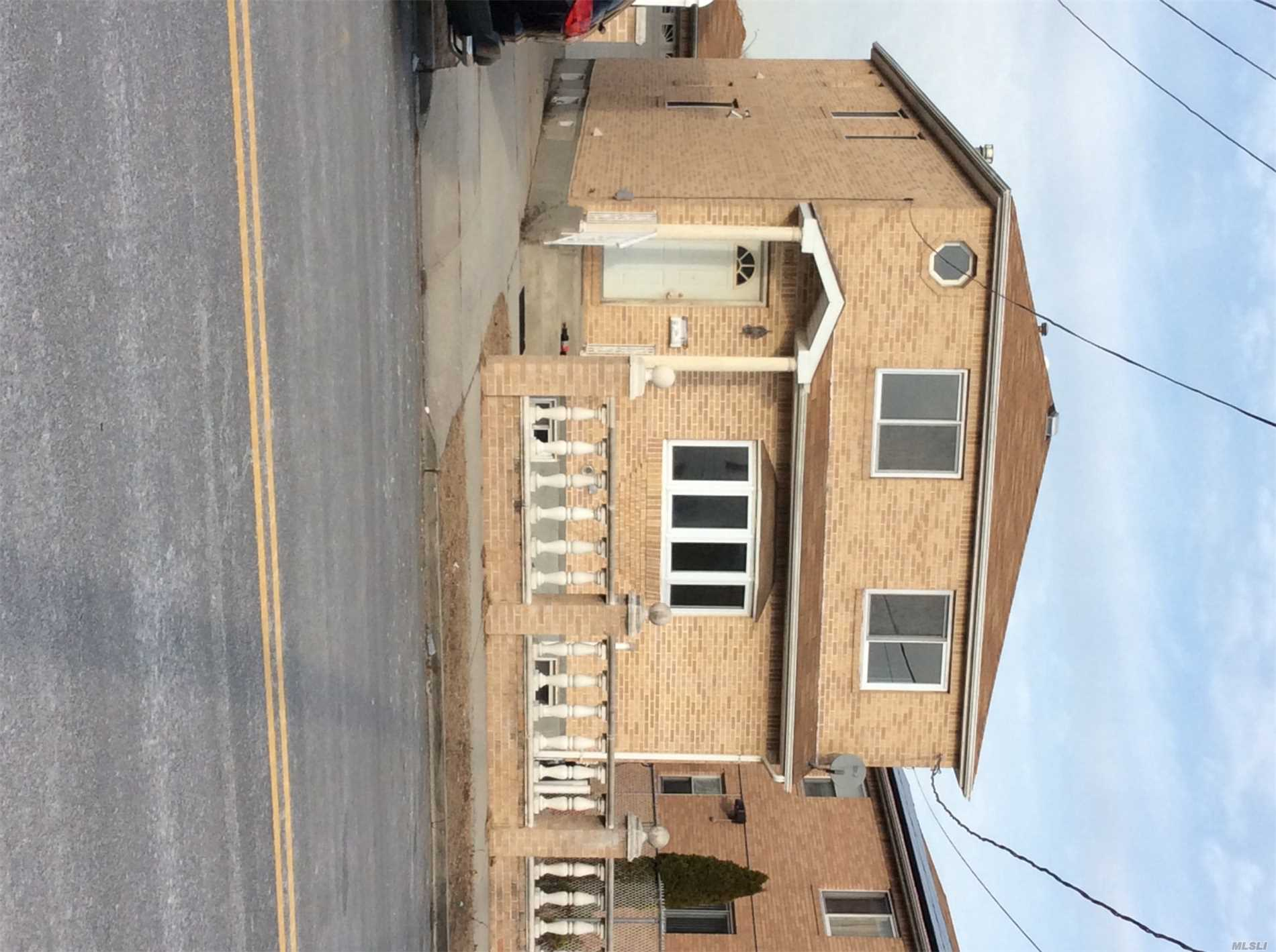 Residential For Rent in 126-07 150th ave, Wakefield, NY ,11420