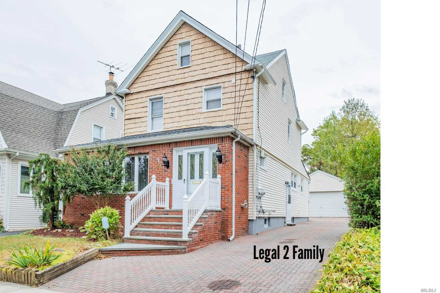 Residential For Sale in 25 Daisy Ave, Floral Park, NY ,11001