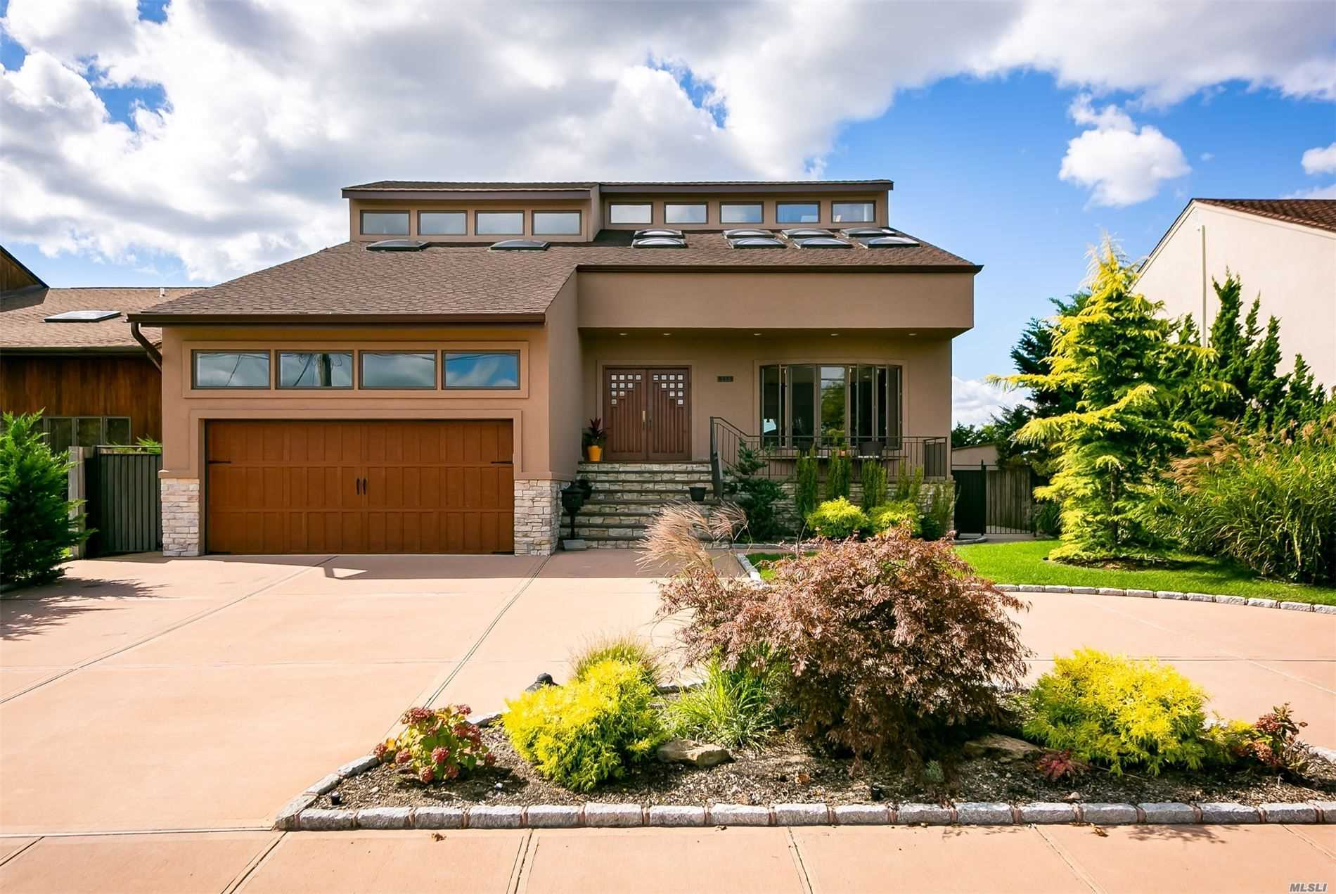 Residential For Sale in 115 Island Parkway W, Island Park, NY ,11558