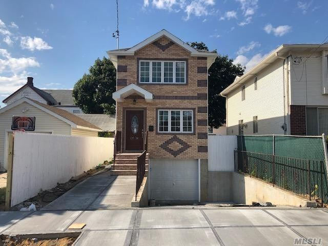 Residential For Sale in 135-24 217th St, Laurelton, NY ,11413