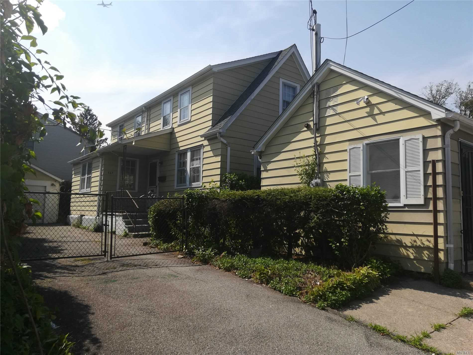Commercial for sale in 837 Willis Ave, Albertson, NY ,11507
