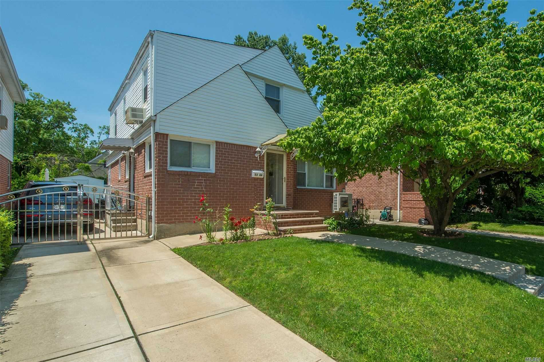 Residential For Sale in 53-44 201st St, Oakland Gardens, NY ,11364
