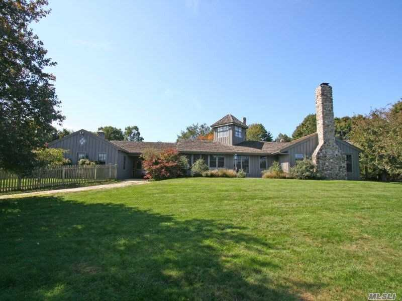 Residential For Sale in 472 Further Ln, East Hampton, NY ,11937