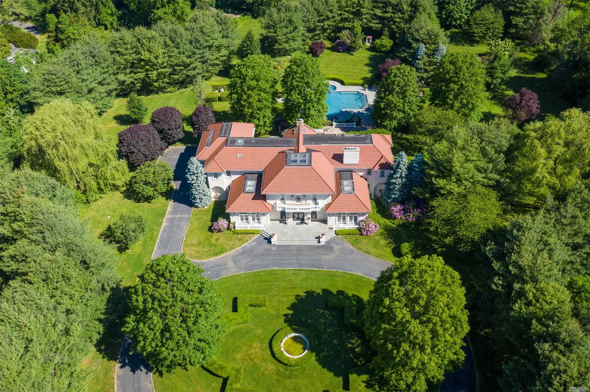 Residential For Sale in 23 Old Westbury Rd, Old Westbury, NY ,11568