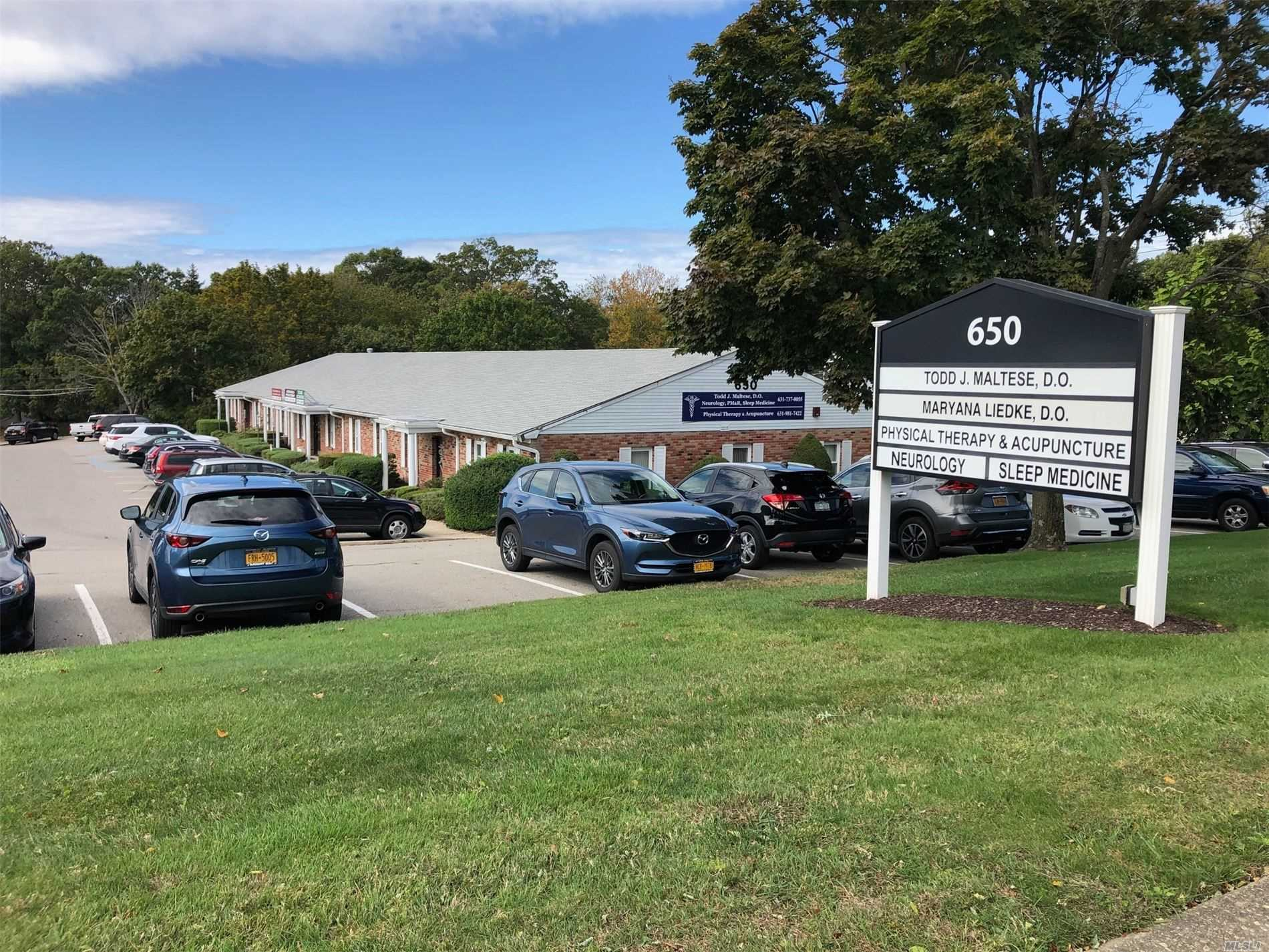 Commercial for sale in 650 Hawkins Ave, Ronkonkoma, NY ,11779