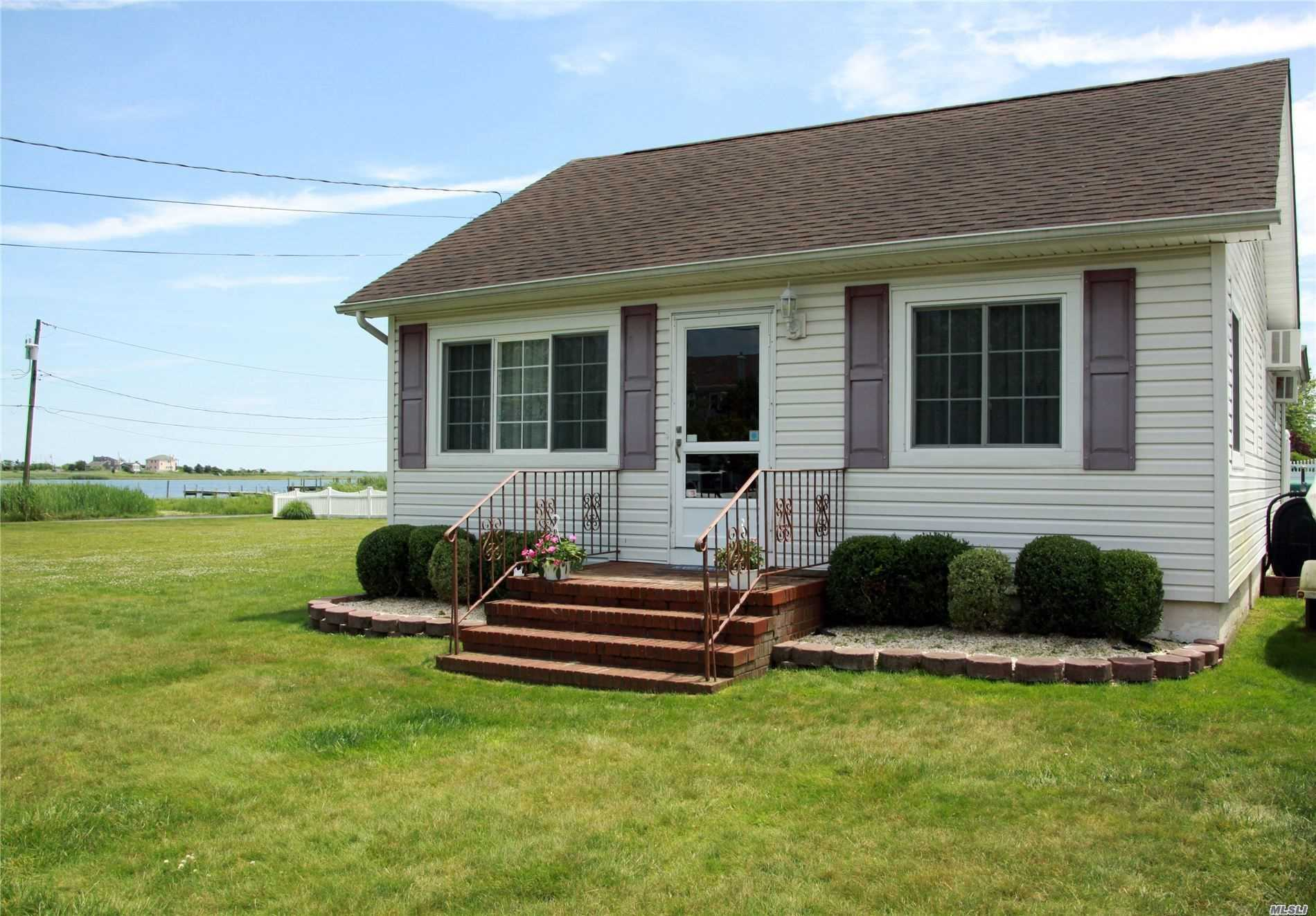 Residential For Sale in 2 Olive Rd, Mastic Beach, NY ,11951