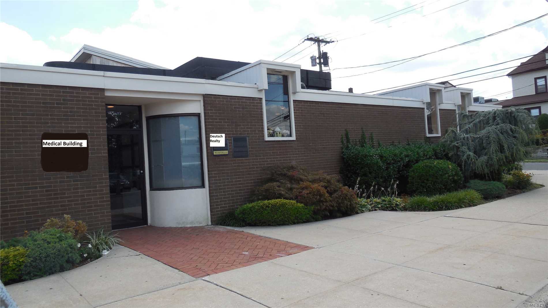 Commercial for sale in 14 Maple St, Port Washington, NY ,11050