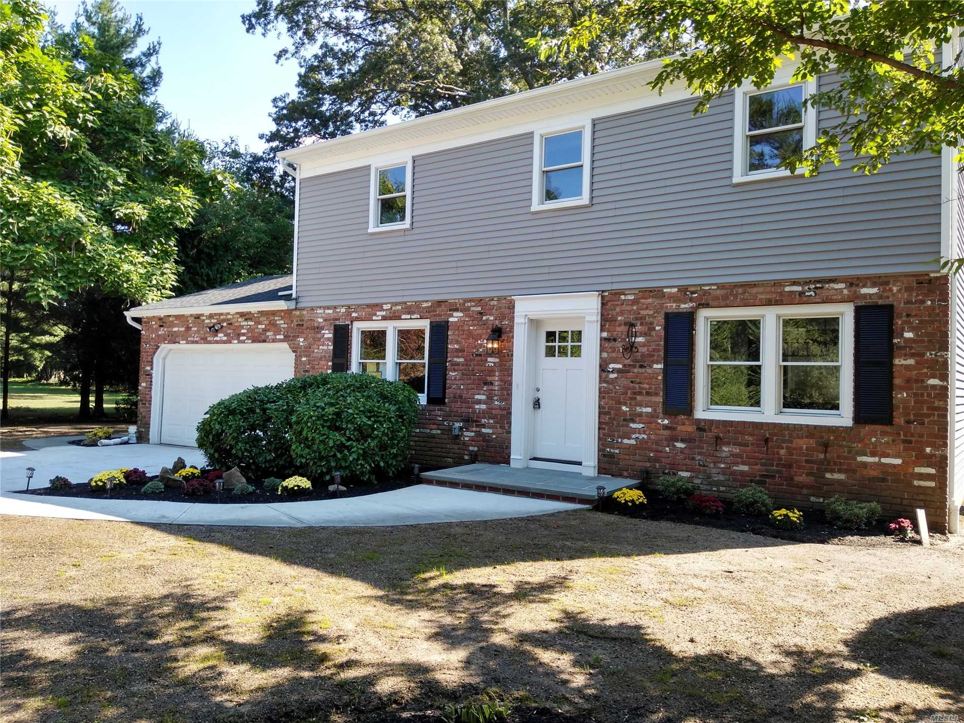 Residential For Sale in 55 Clinton Rd, Garden City, NY ,11530