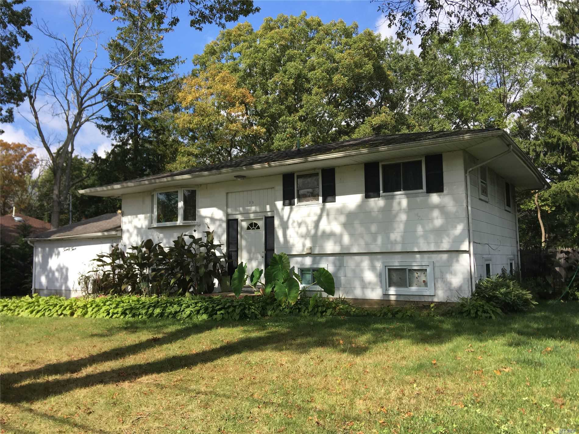 Residential For Sale in 23 Dekalb Ave, Brentwood, NY ,11717