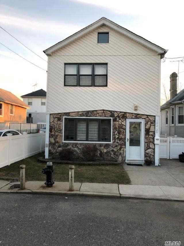 Residential For Sale in 102-20 163rd Dr, Hamilton Beach, NY ,11414