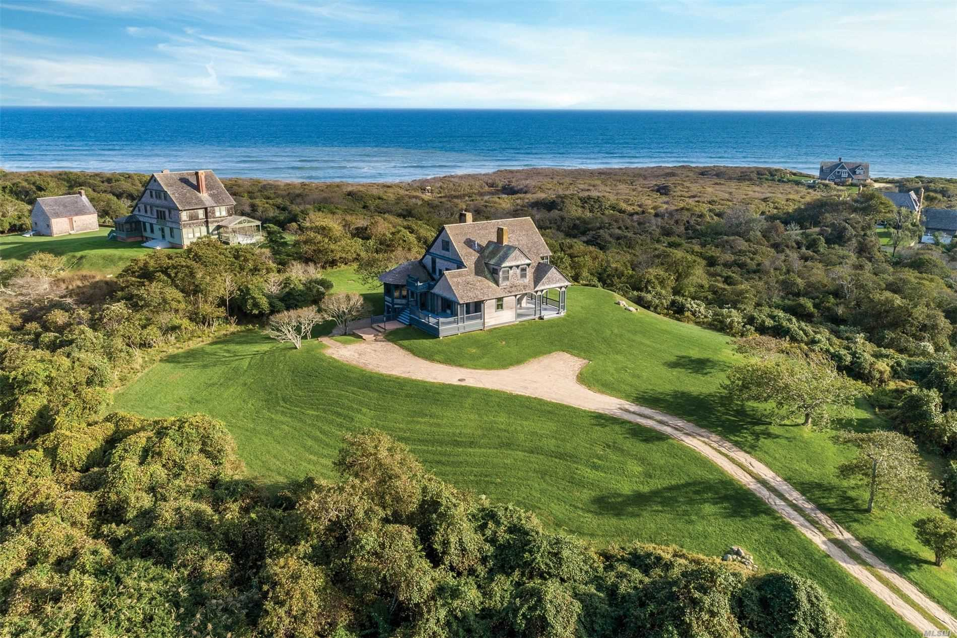 Residential For Sale in 153 Deforest Rd, Montauk, NY ,11954
