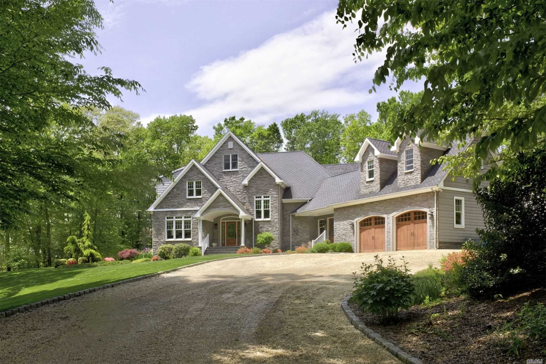 Residential For Sale in 3475 Aldrich Ln, Laurel, NY ,11948