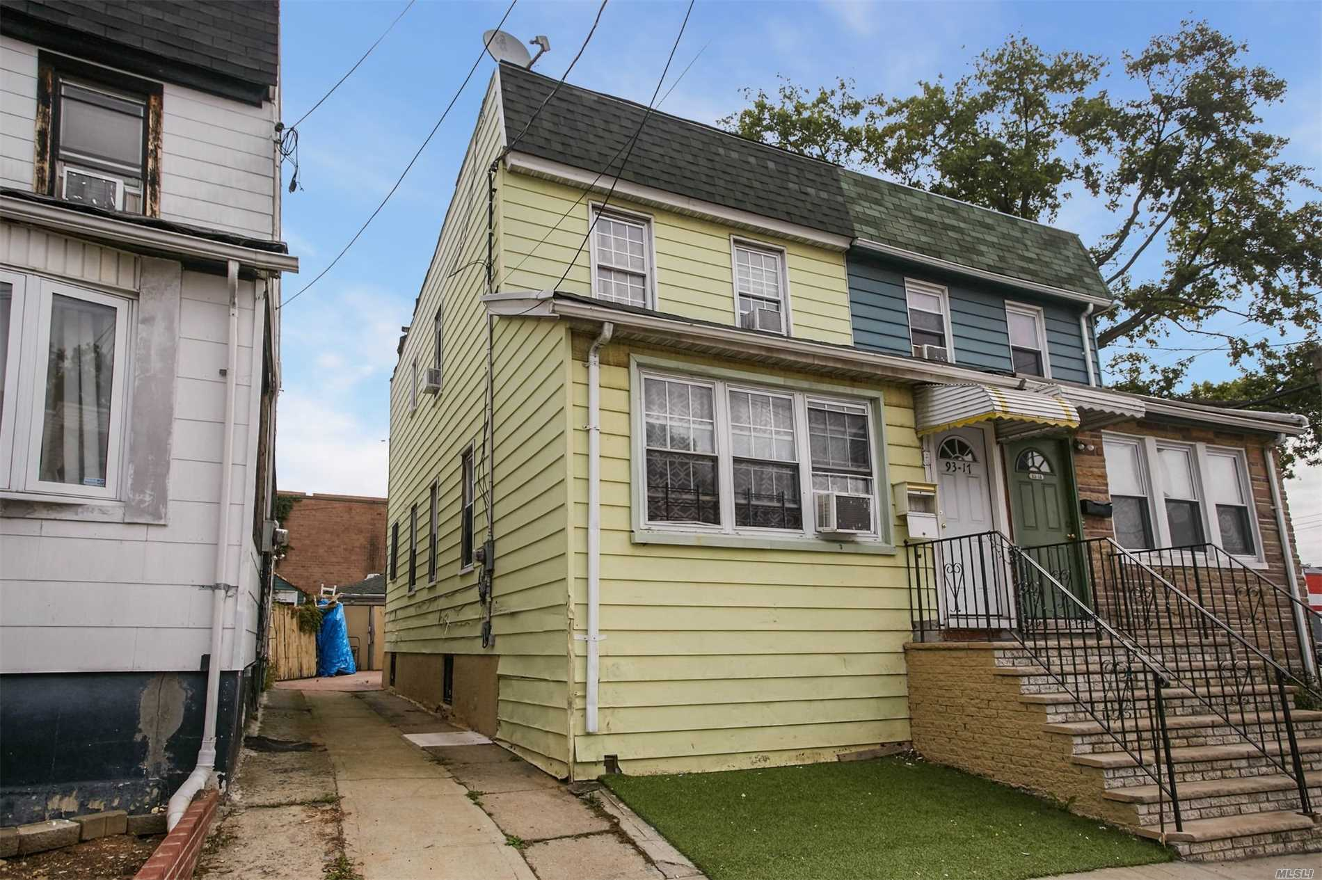 Residential For Sale in 93-17 112th Street, Richmond Hill, NY ,11418