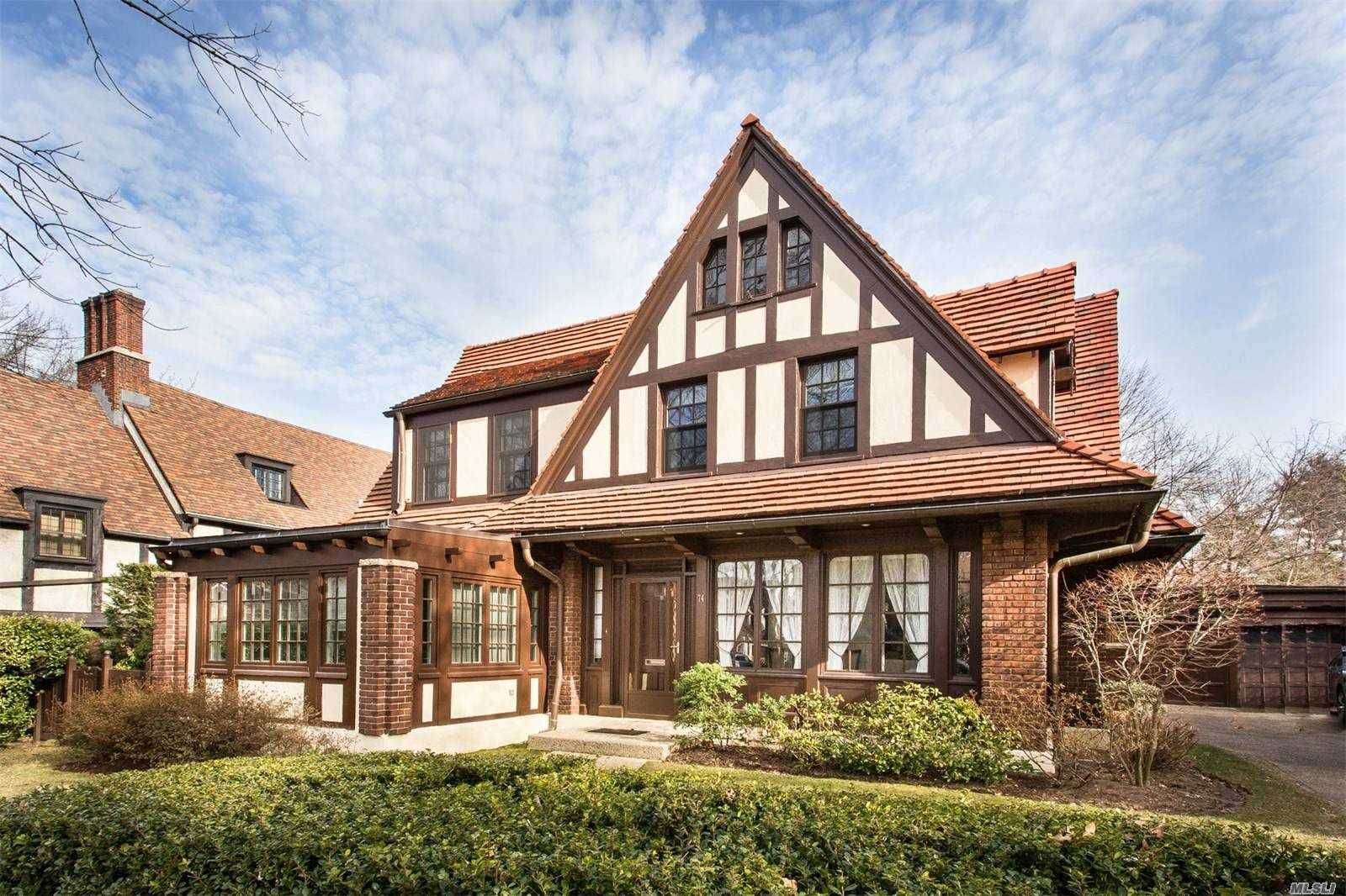 Residential For Sale in 74 Ascan Ave, Forest Hills, NY ,11375