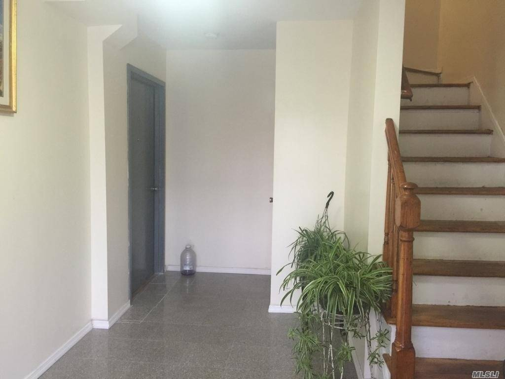 Residential For Rent in 1414 31st Ave, Long Island City, NY ,11106
