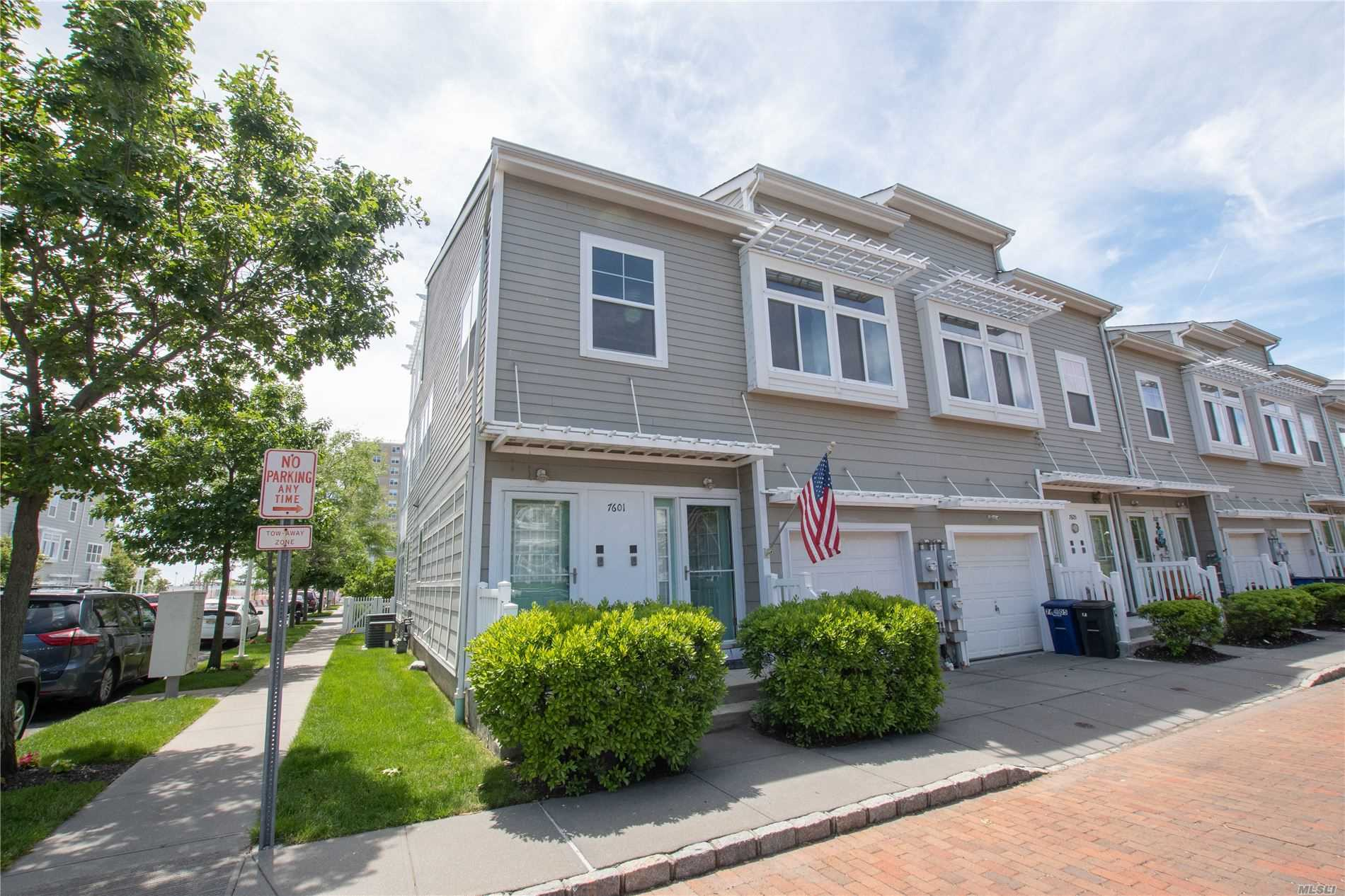 Residential For Sale in 76-01 Aquatic Drive, Arverne, NY ,11692