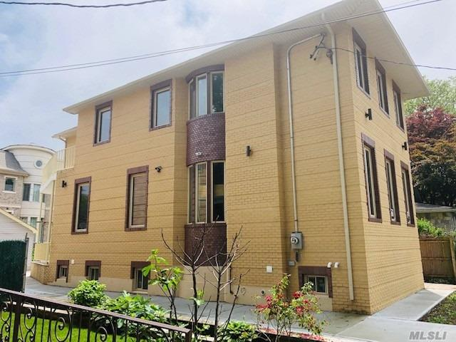 Residential For Sale in 179-08 80th Dr, Jamaica Estates, NY ,11432