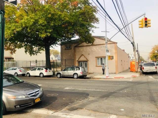 Commercial for sale in 133-17 101 Ave, Richmond Hill, NY ,11419