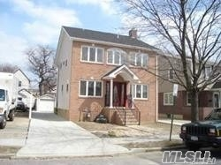 Residential For Sale in 29 Cushing Ave, Williston Park, NY ,11596