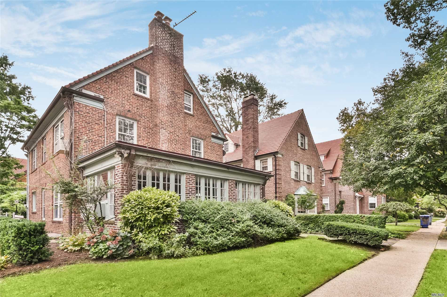 Residential For Sale in 22 Summer St, Forest Hills, NY ,11375