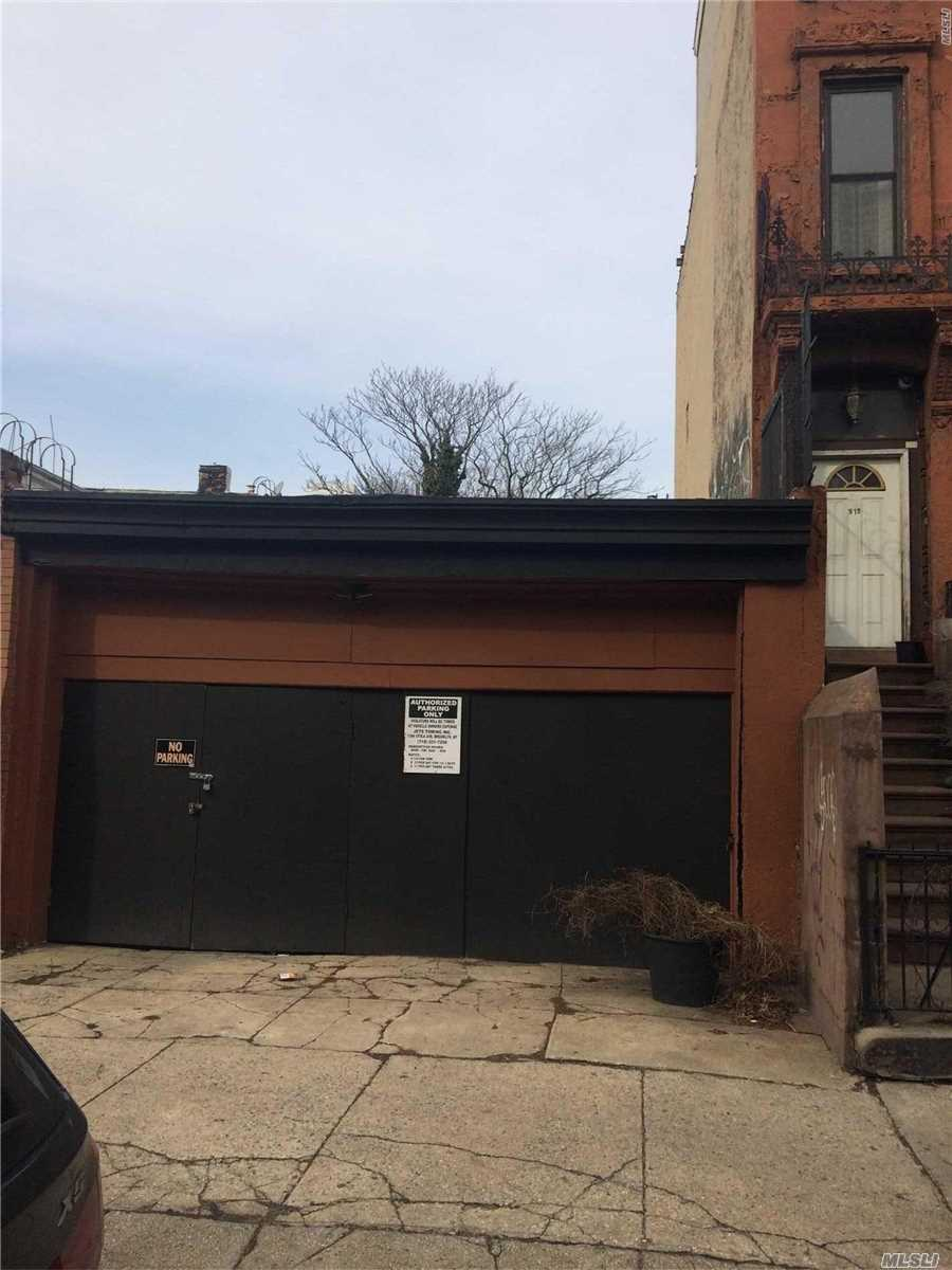 Land for sale in 513 Hancock St, Brooklyn, NY ,11233