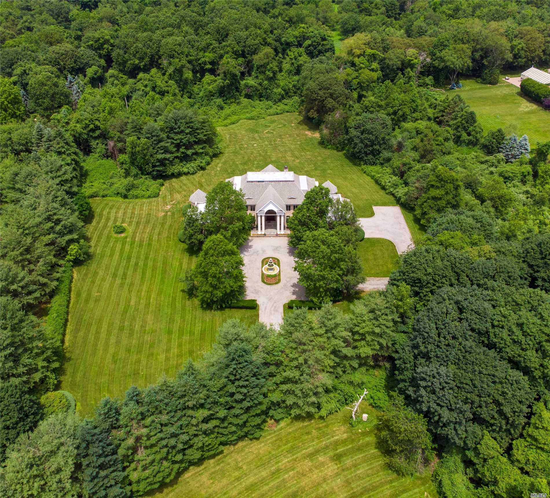 Residential For Sale in , Upper Brookville, NY ,11771
