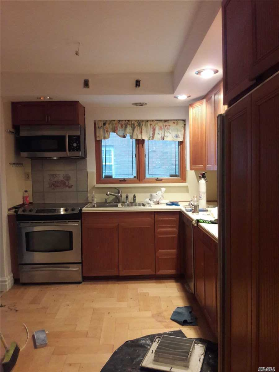 Residential For Rent in 2804 33rd St, Long Island City, NY ,11101