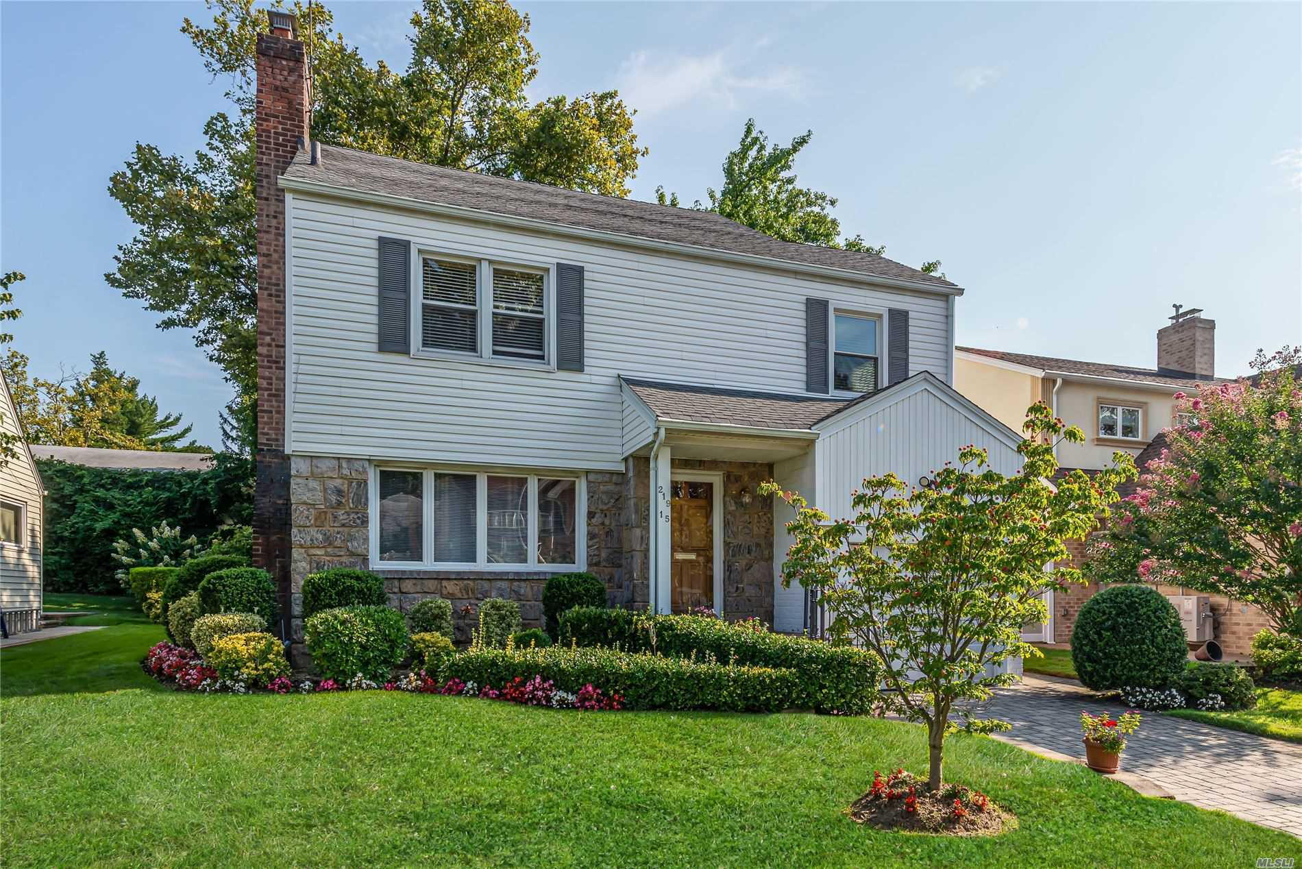 Residential For Sale in 219-15 Peck Ave, Hollis Hills, NY ,11427