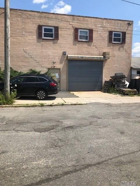 Commercial for sale in 16 Mccarthy Rd, Island Park, NY ,11558