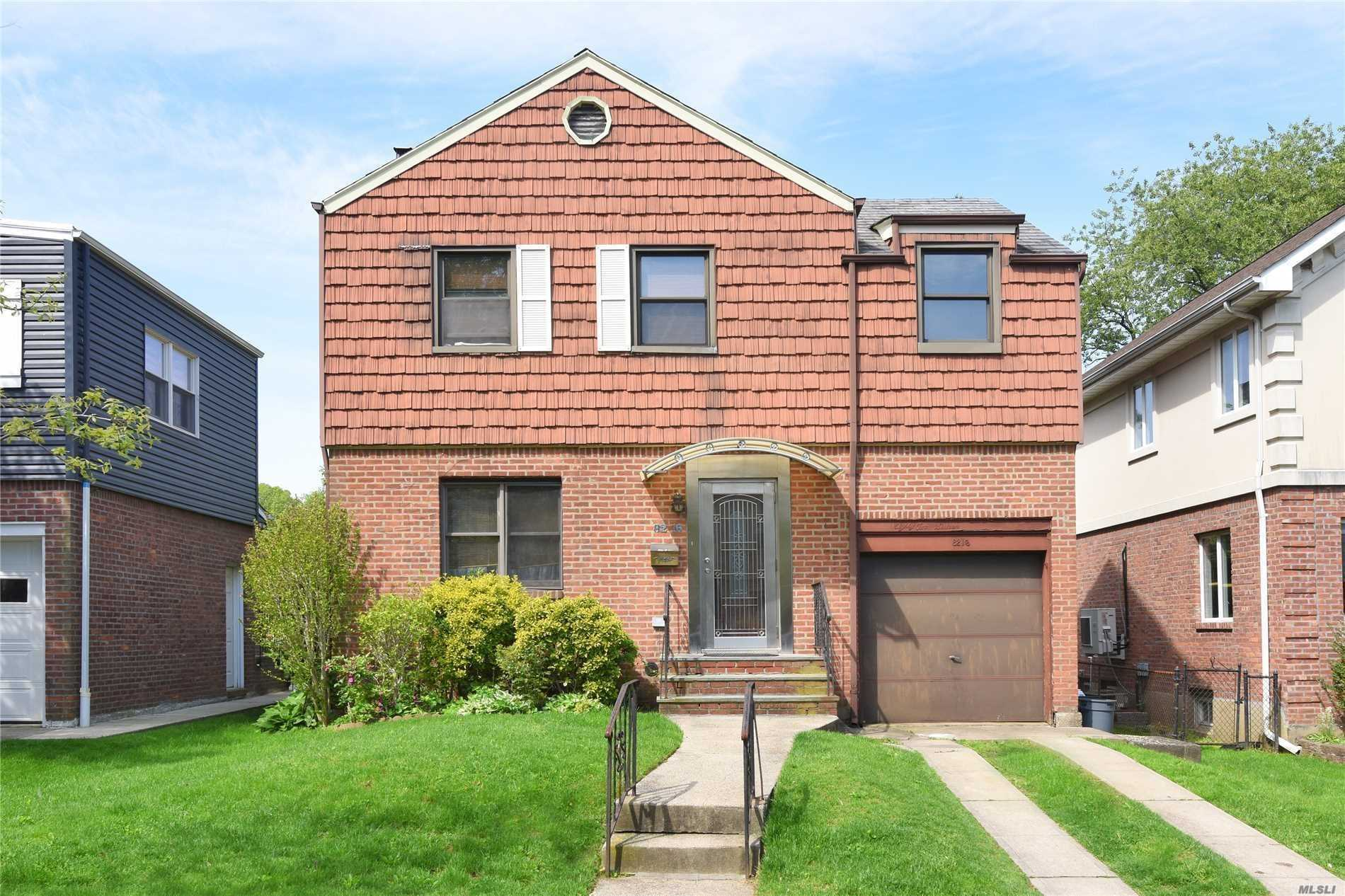 Residential For Rent in 82-16 211th St, Hollis Hills, NY ,11427