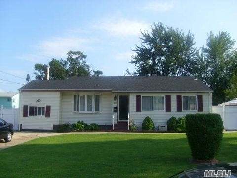 Residential For Sale in 100 Sherman St, Brentwood, NY ,11717