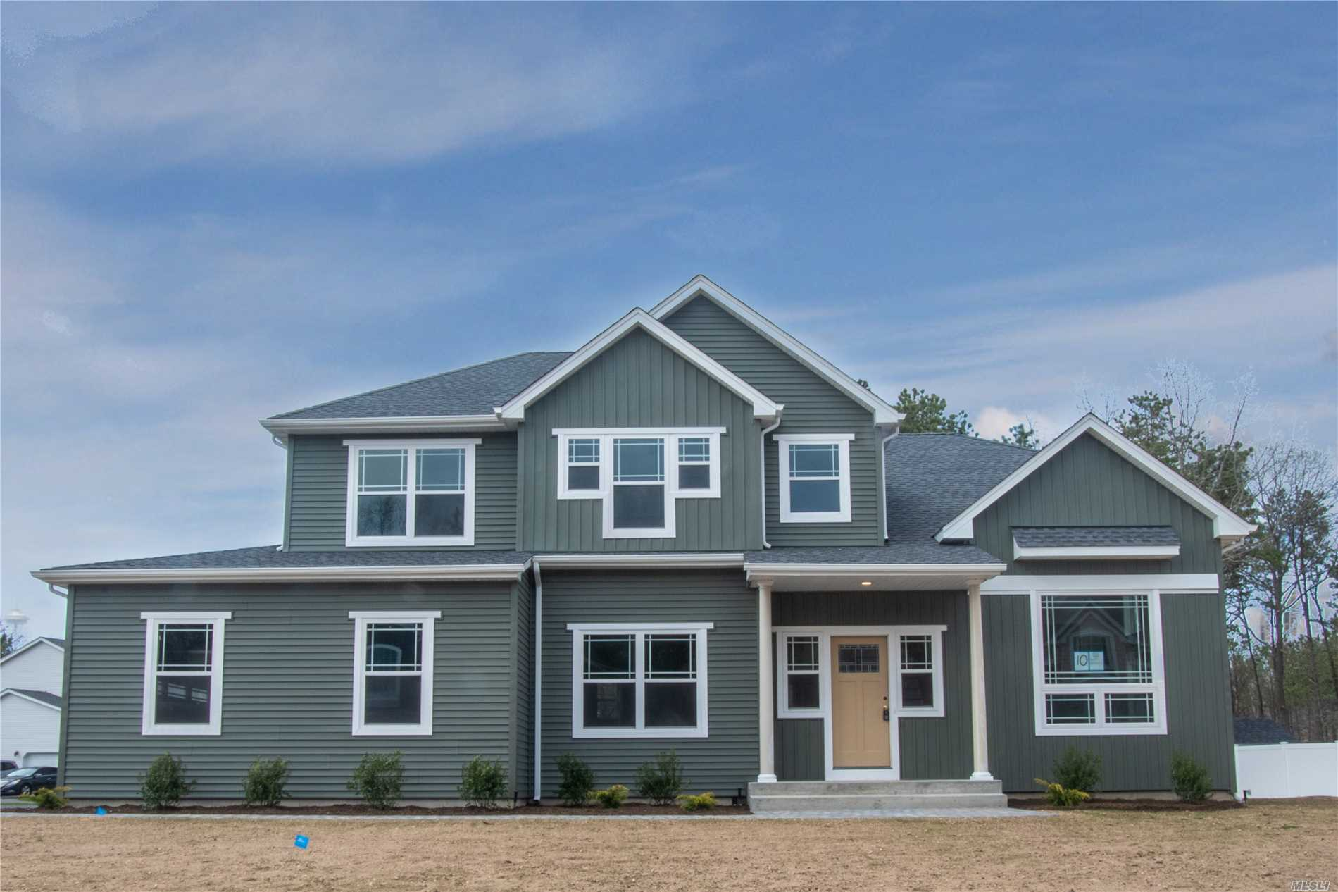 Residential For Sale in 7 Jane St, Miller Place, NY ,11764