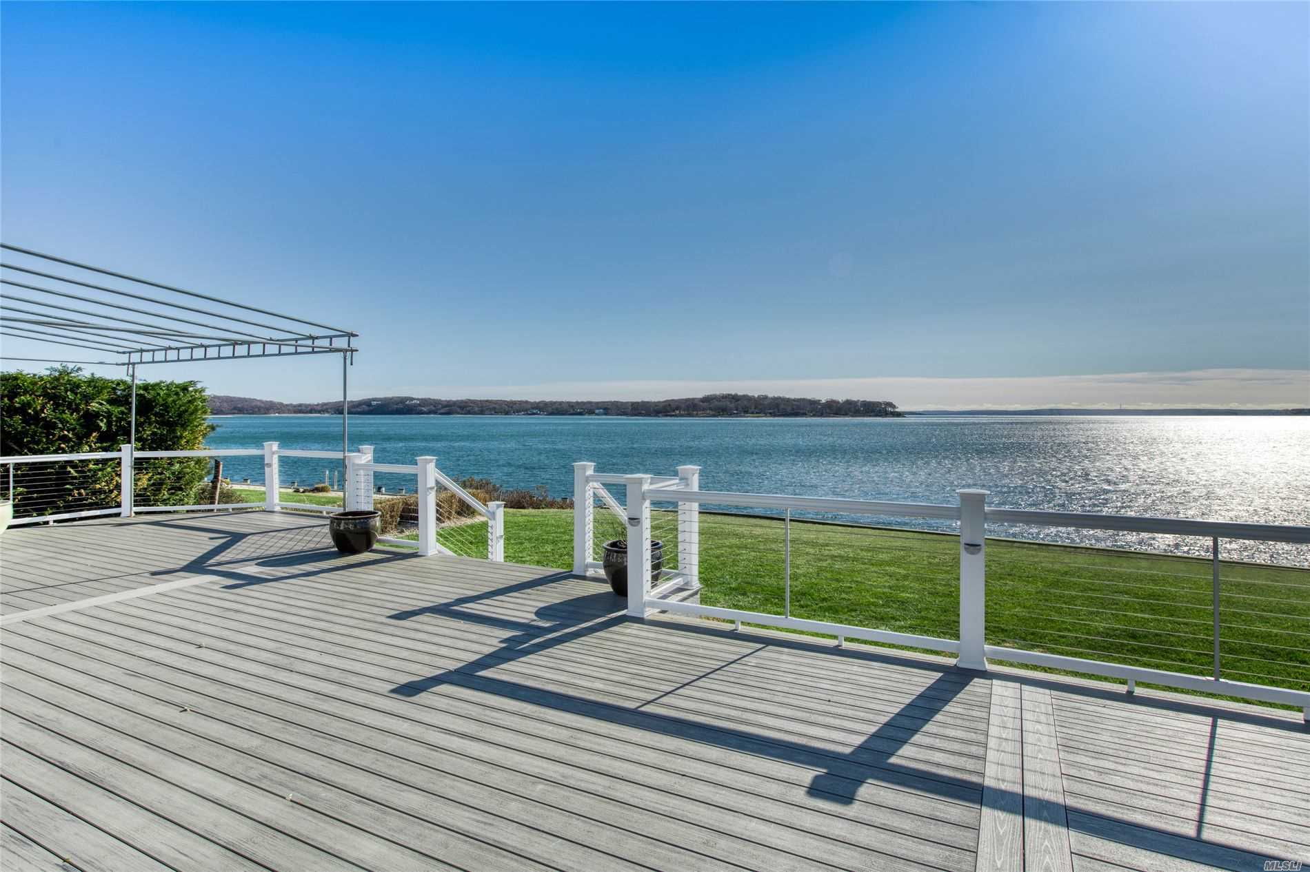 Residential For Sale in 550 Blue Marlin Dr, Southold, NY ,11971