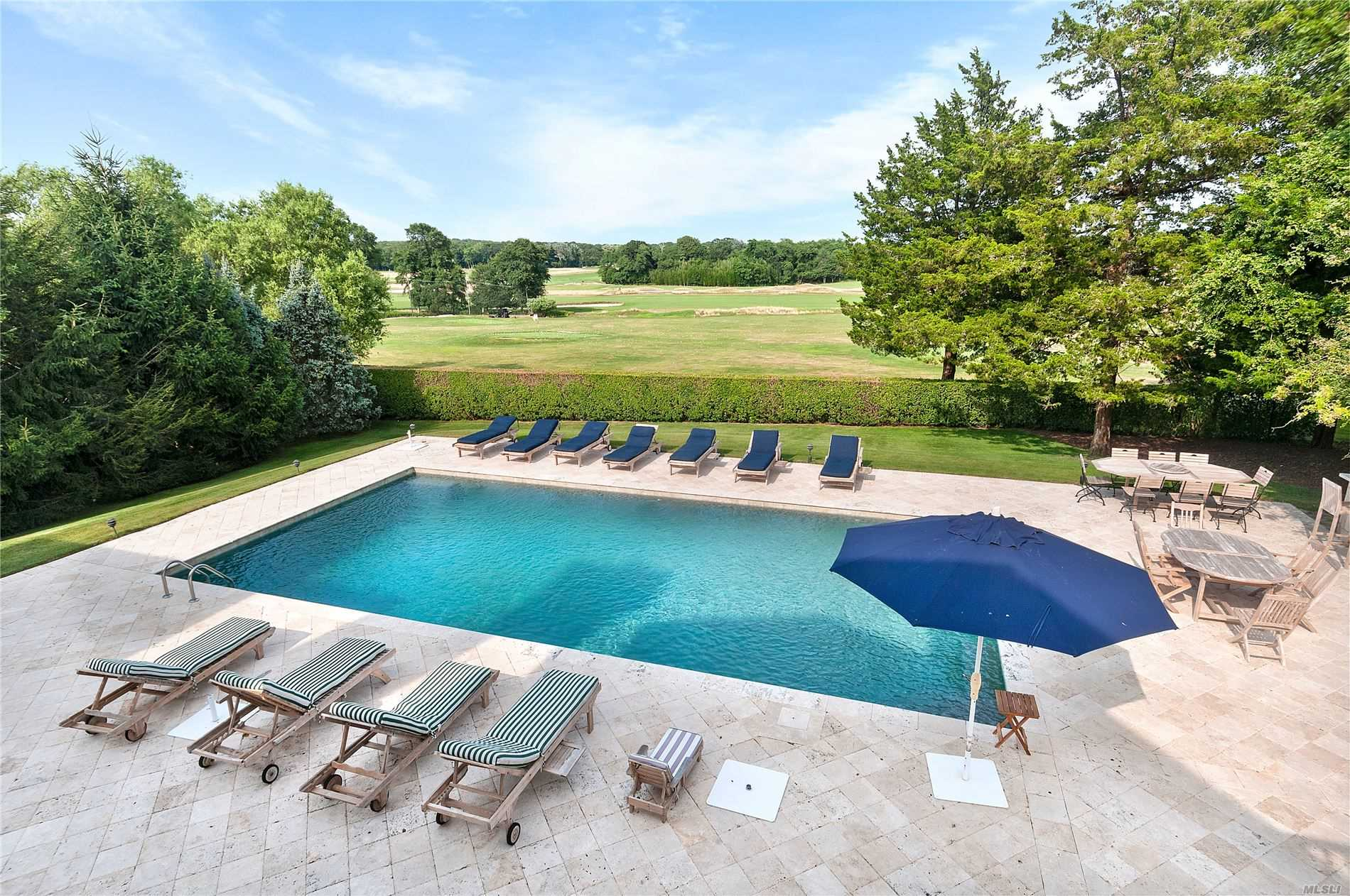 Residential For Sale in 170 Tuckahoe Ln, Southampton, NY ,11968