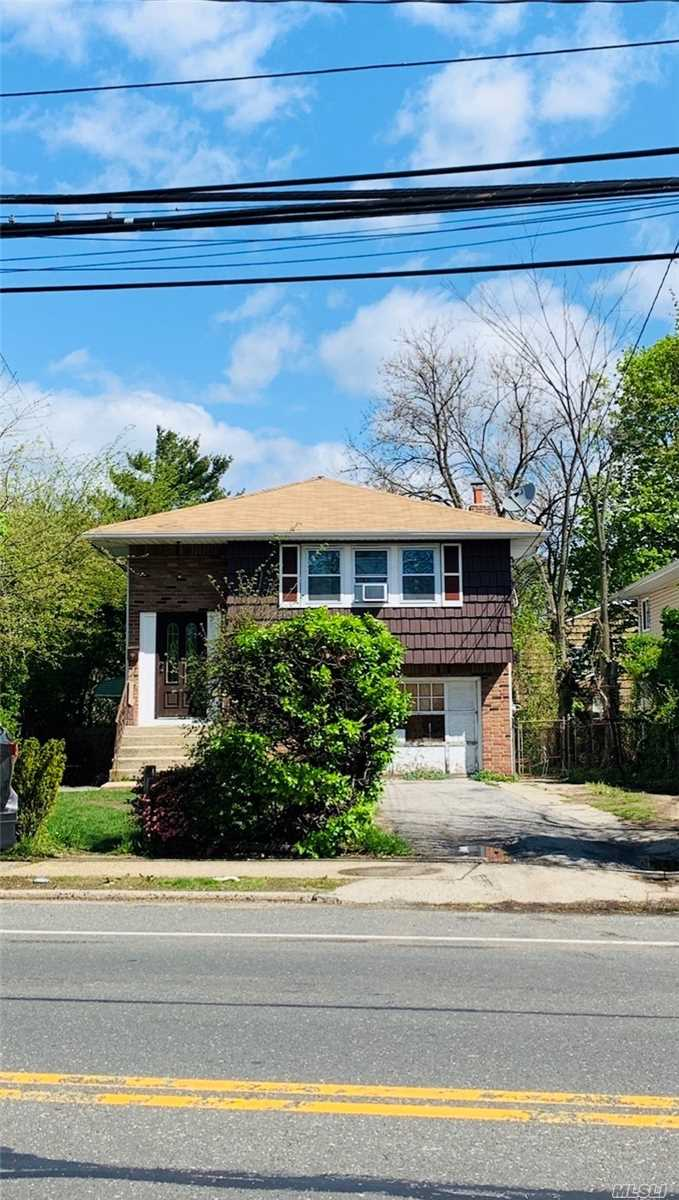 Residential For Sale in 849 Front St, Uniondale, NY ,11553