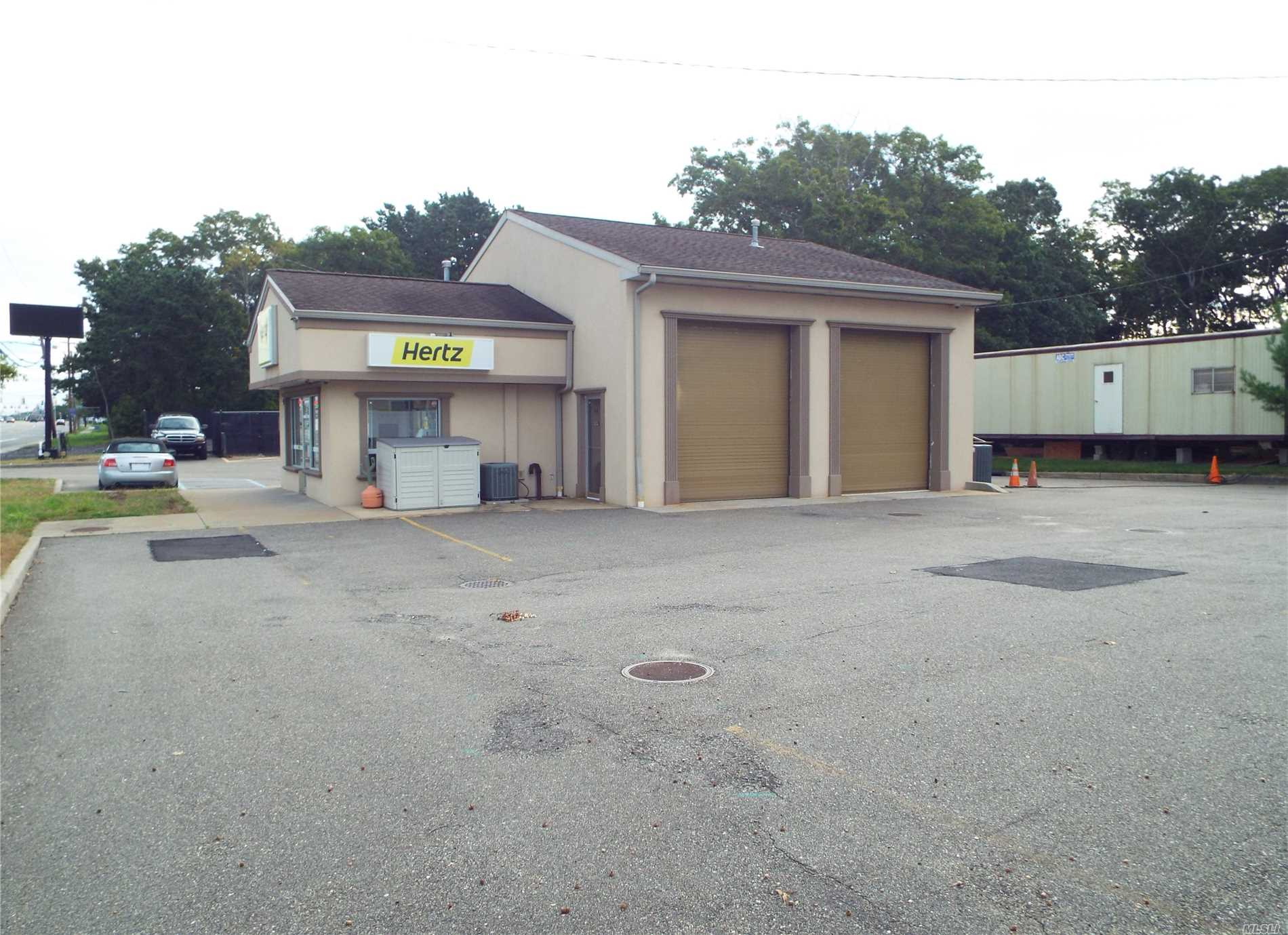 Commercial for sale in 604 Montauk Hwy, Shirley, NY ,11967