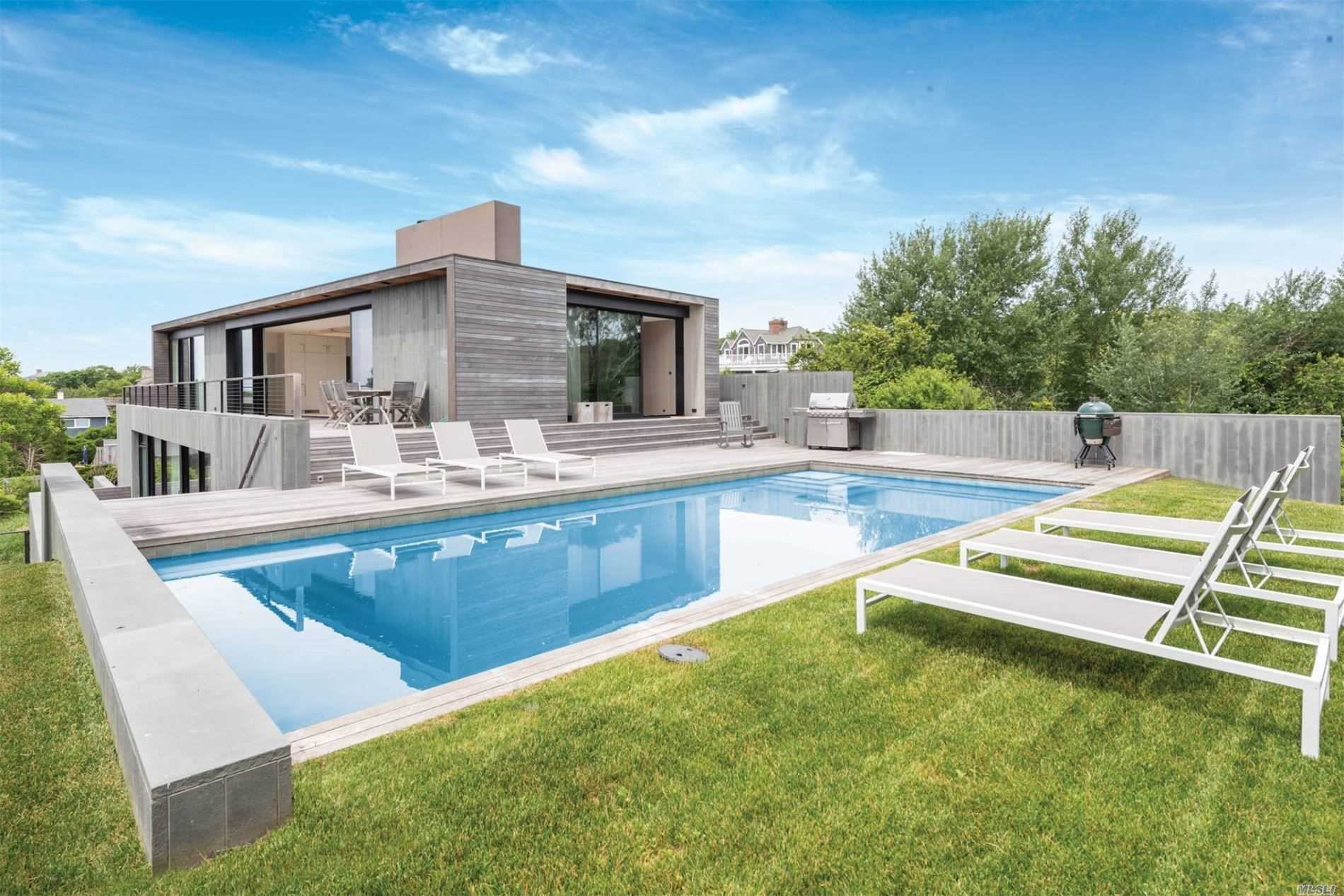Residential For Sale in 18 Coolidge Road, Montauk, NY ,11954