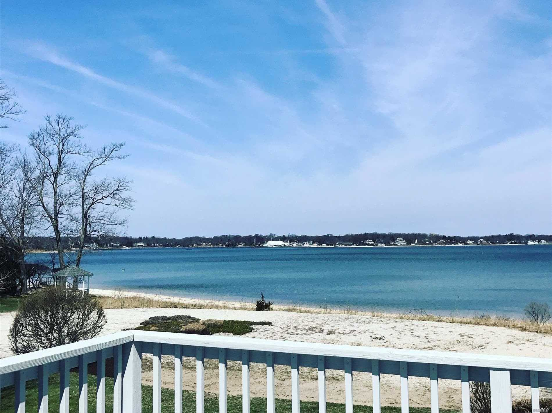 Residential For Sale in 695 Parish N Dr, Southold, NY ,11971