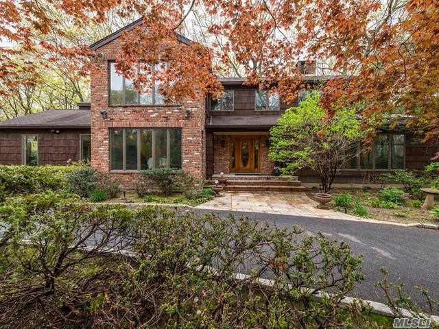 Residential For Sale in 104A Middleville Rd, Northport, NY ,11768