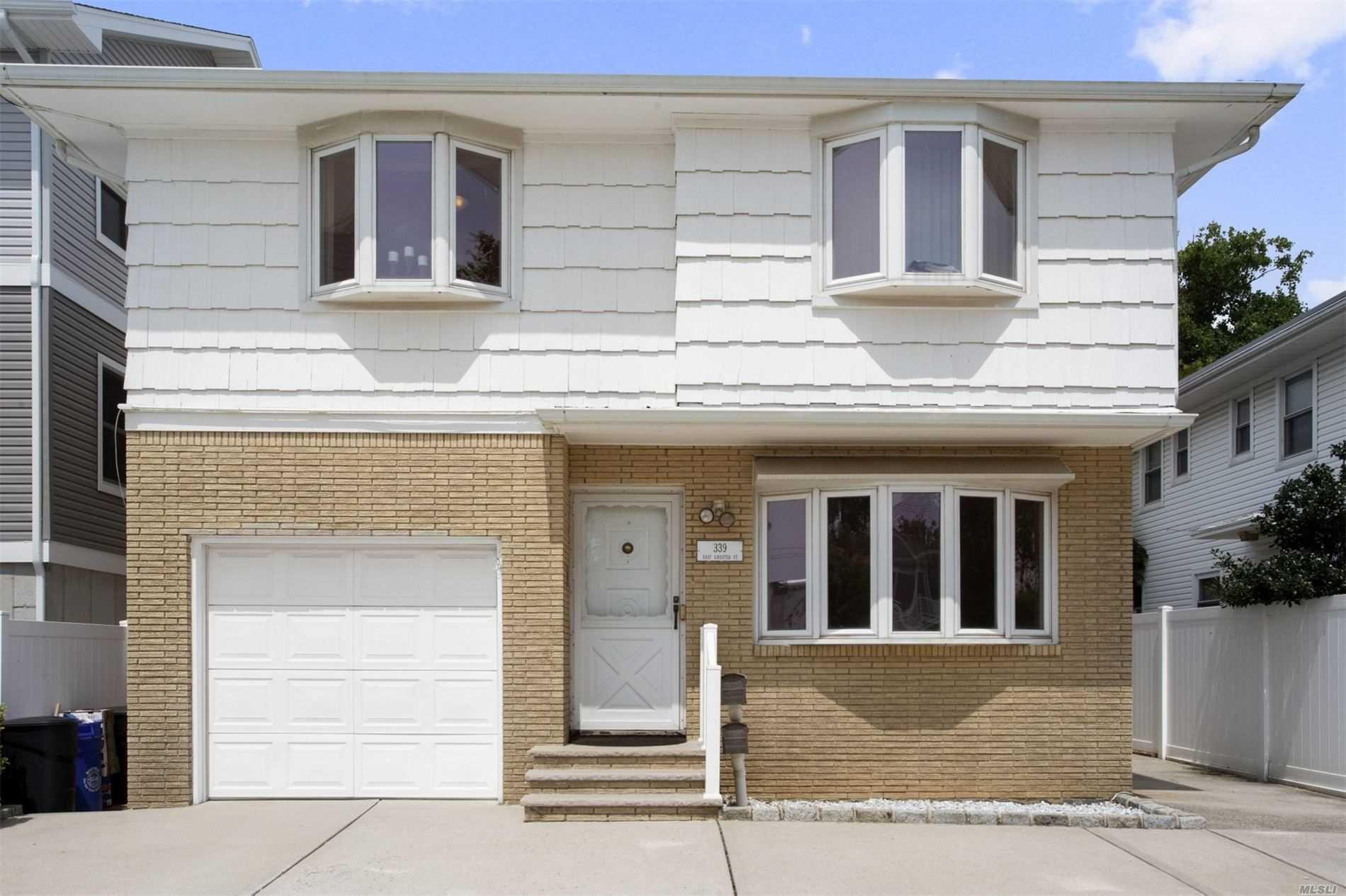 Residential For Rent in 339 Chester E St, Long Beach, NY ,11561