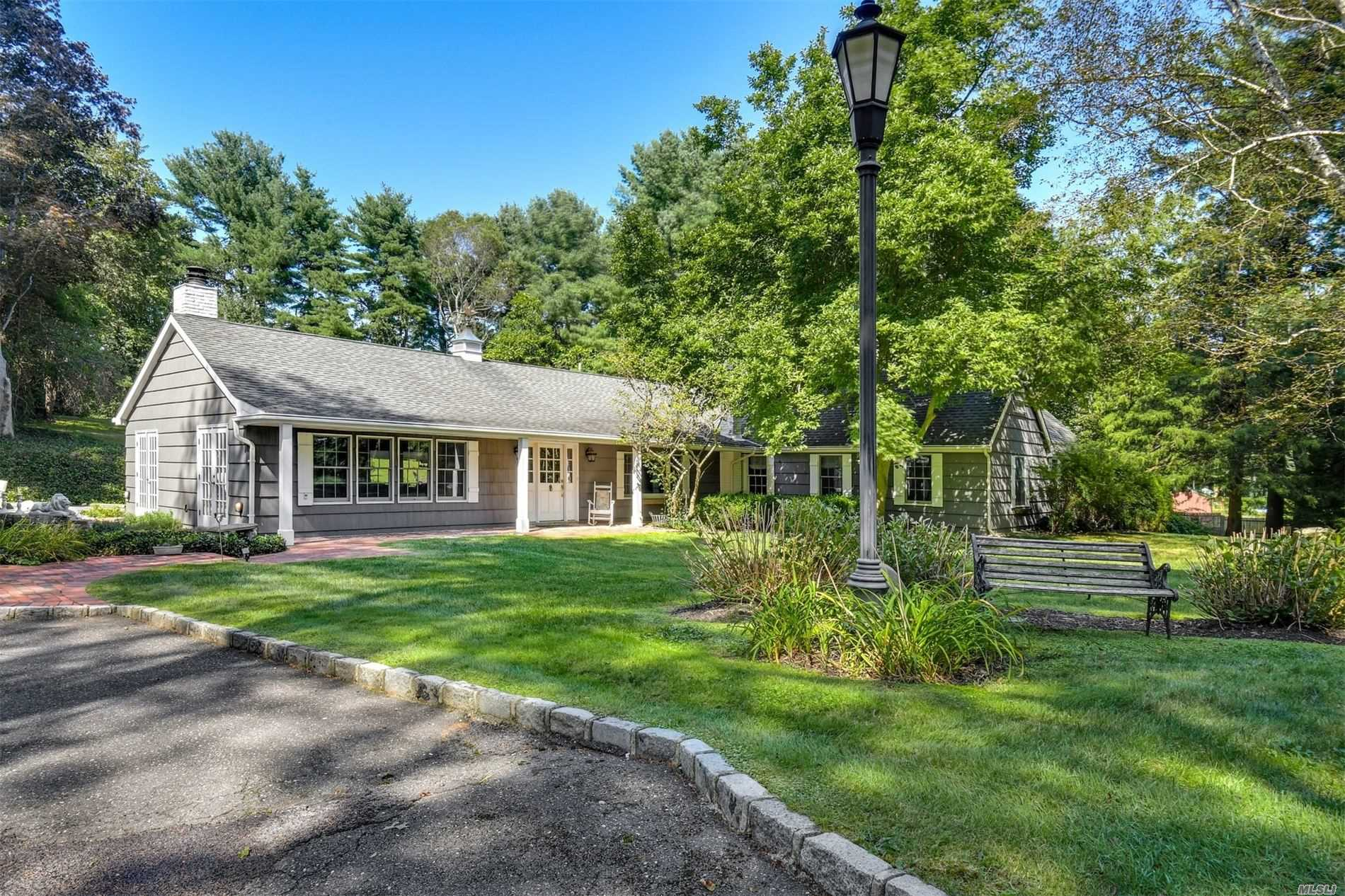 Residential For Sale in 377 Split Rock Rd, Syosset, NY ,11791